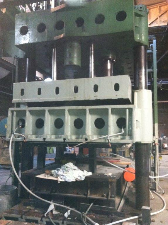 used 800 ton Lake Erie Hysraulic press for sale at liquidation price
